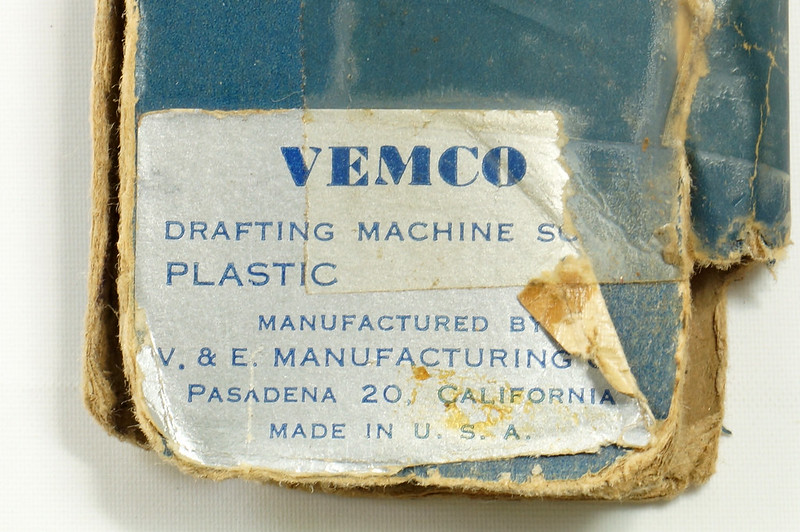 RD20980 2 Vintage 18 inch Drafting Machine Scales Vemco 9P7 in Original Box + Bruning 2710 DSC07959
