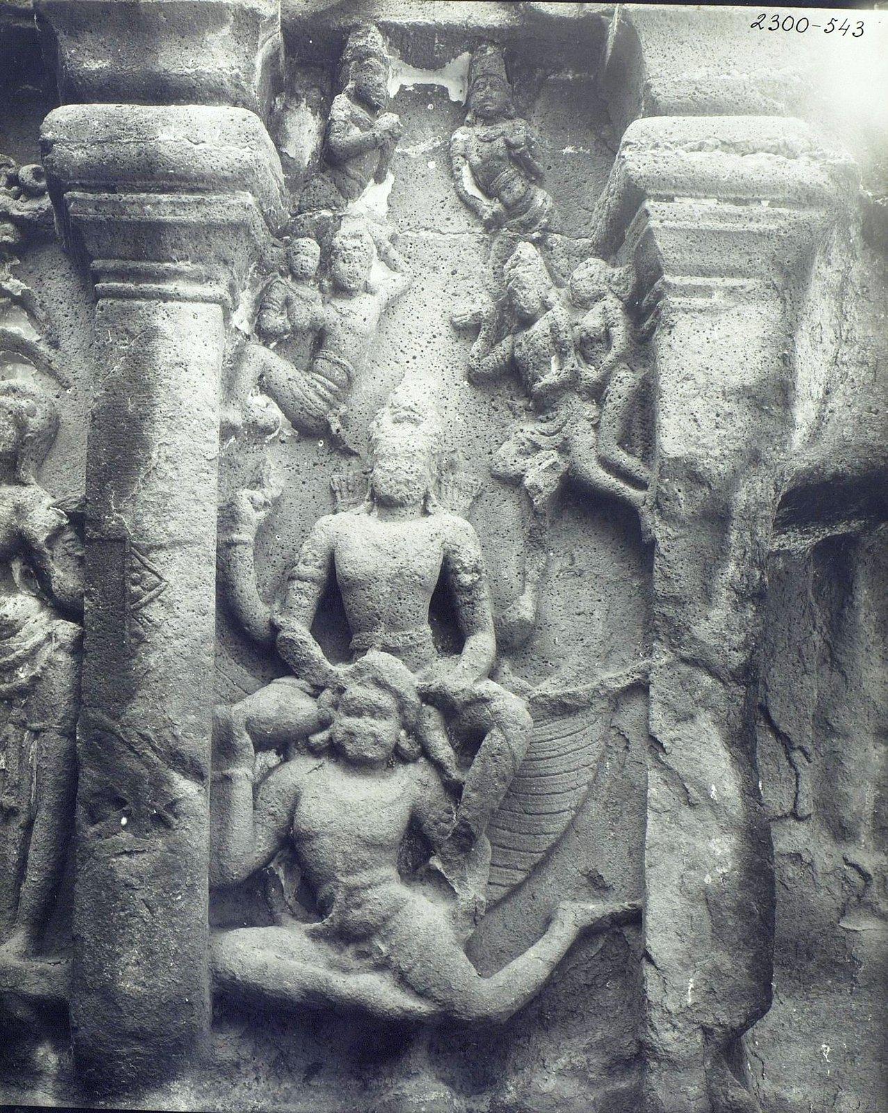 Храм Кайласа в Эллоре (детали входа) (4)