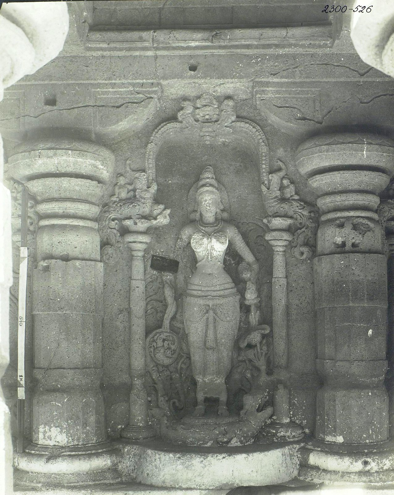 Храм Кайласа в Эллоре (детали входа) (2)