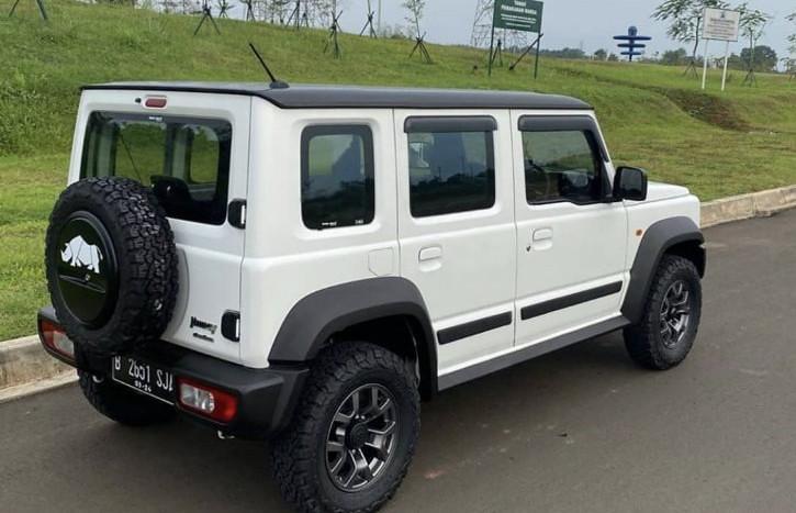 2021-maruti-gypsy-5-door-suzuki-jimny-rear-c992