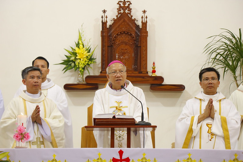 Minh Cầm (66)
