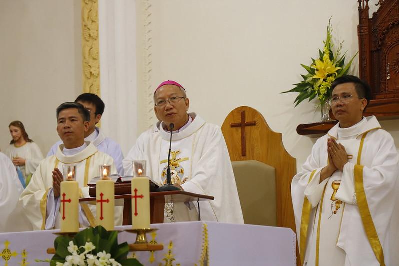 Minh Cầm (63)