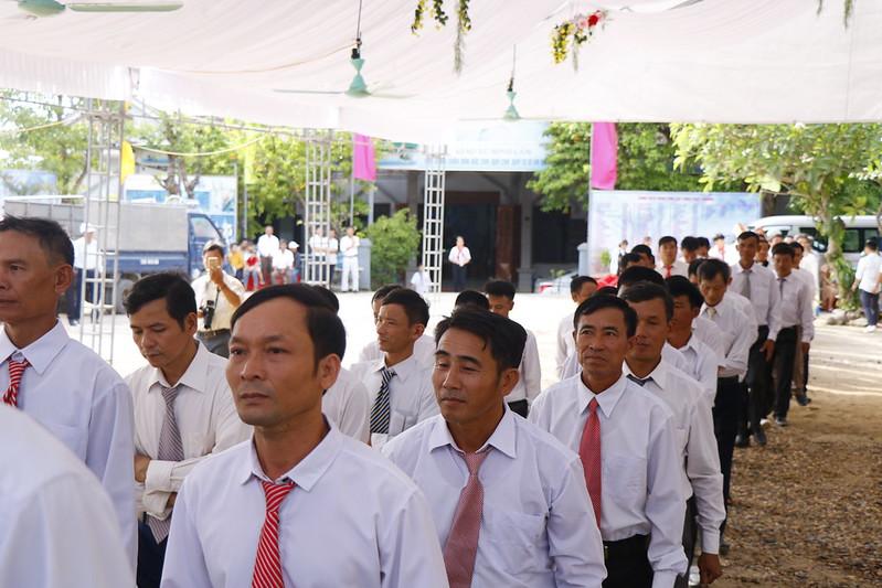 Minh Cầm (56)