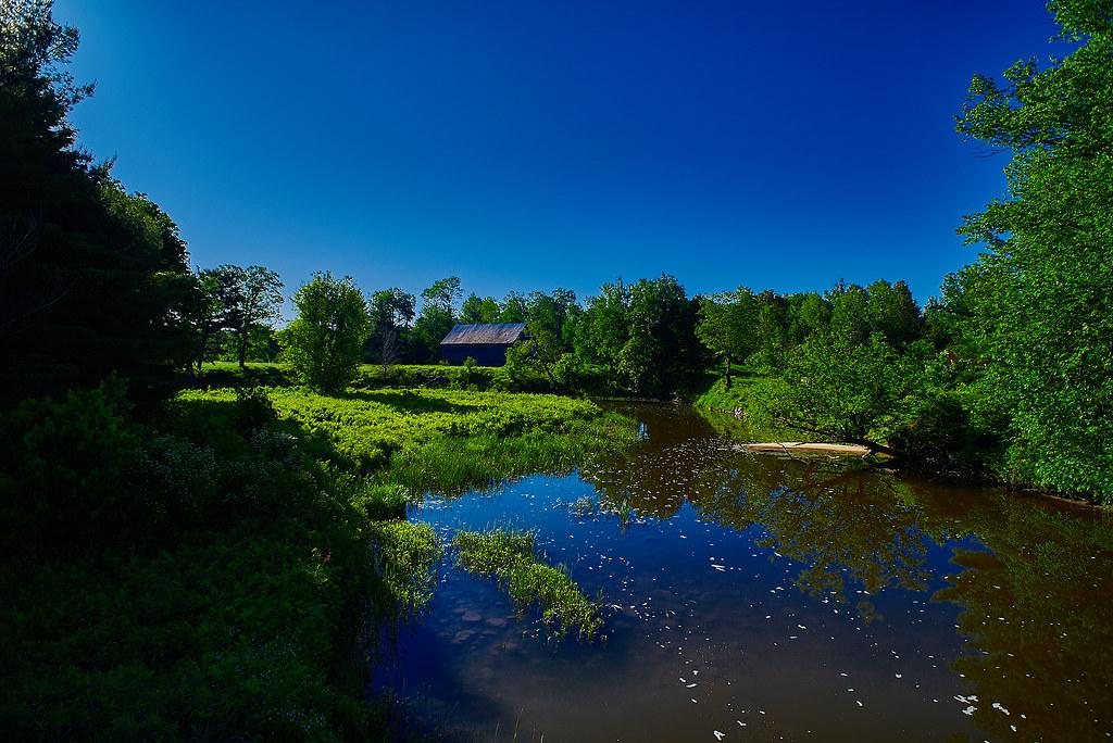 Barn at Laughlin Falls
