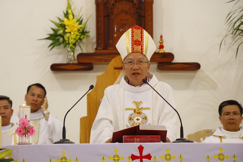 Minh Cầm (74)