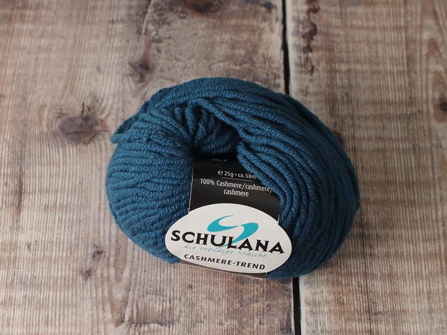 Destash yarn: Schulana Cashmere Trend chunky yarn 25g – 678 dark teal