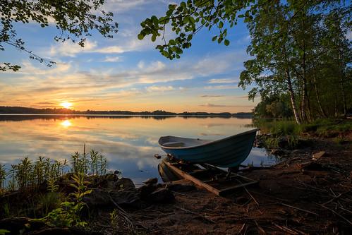 kesä landscape yö auringonlasku laaksolahti pitkäjärvi hdr vene espoo järvi suomi aurinko boat dark finland lake lowlight night nightscape scandinavia sun sundown sunset