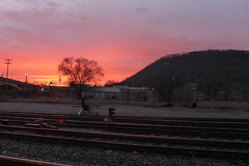 millmountainstar roanoke sunrise