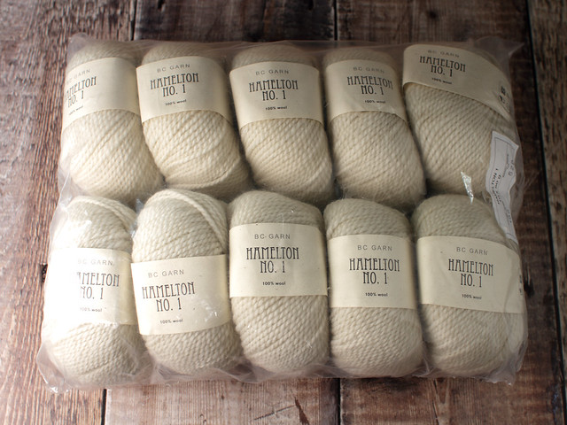 Destash yarn: BC Garn Hamilton No. 1 pure wool aran/worsted yarn 10 x 50g bale – natural ecru