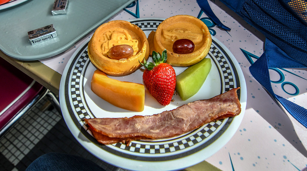 Flo's breakfast waffle face DCA