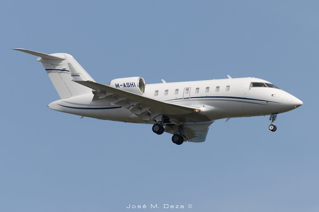 Private CL-600-2B16 Challenger 605 M-ASHI