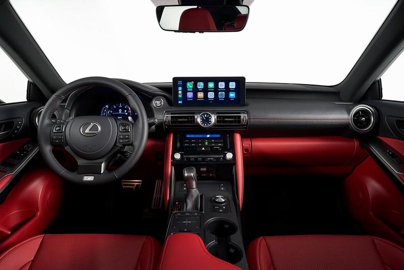Lexus-IS (13)