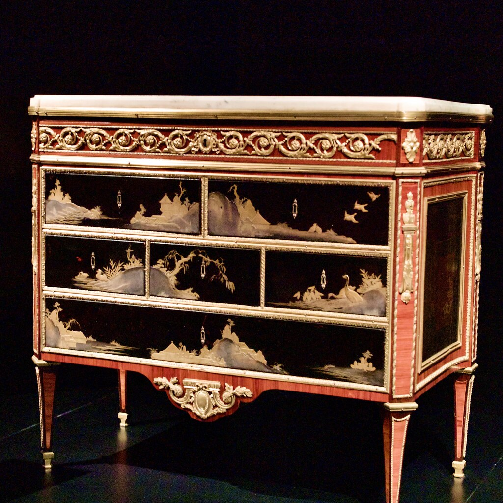 Commode (Paris, 1770-1775) - Claude-Charles Saunier (1735-1807)