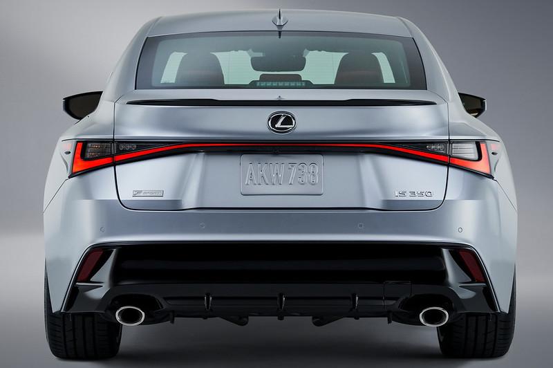Lexus-IS (5)