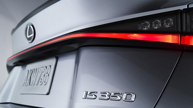 2021_Lexus_IS_F_SPORT_016
