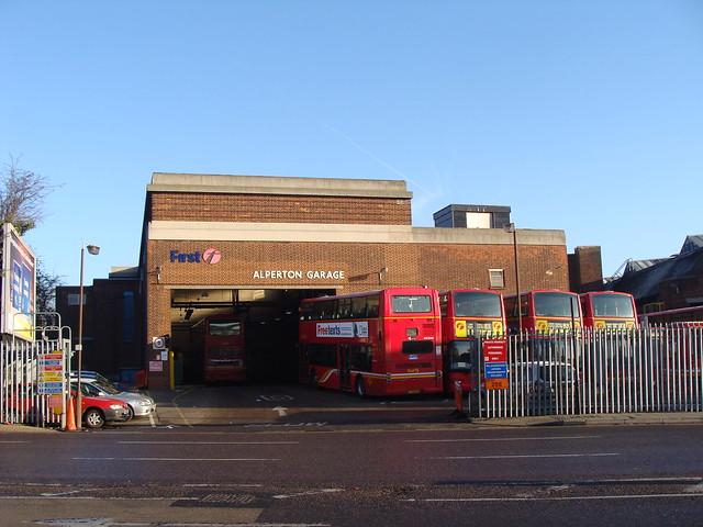 First London 32350 LK53LZN - First London 32204 LT52WTK - 32208 LT52WTO - 32206 LT52WTM