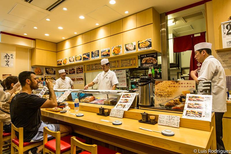Interior de Kagura Sushi