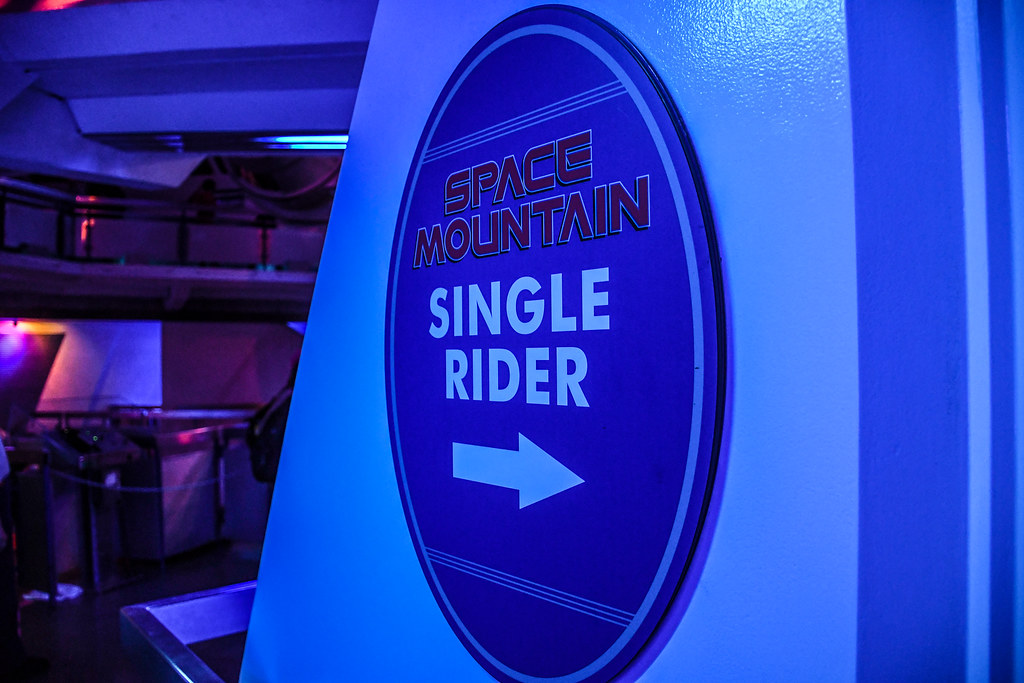 Single Rider Space Mountain sign DL