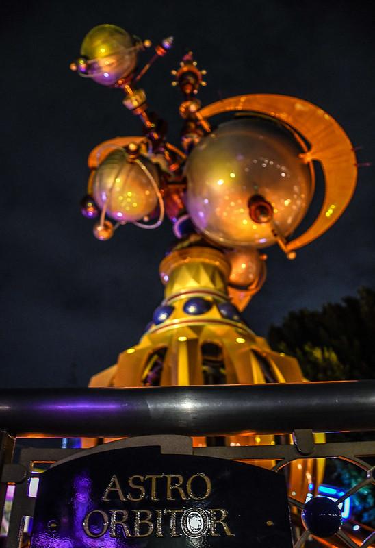 Astro Orbitor tall night DL