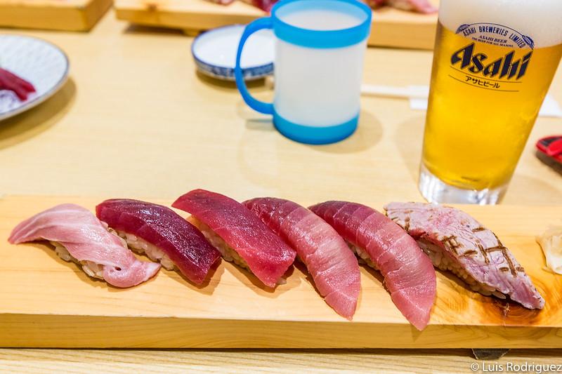 Pequeño set de atún en Kagura Sushi, en Toyosu