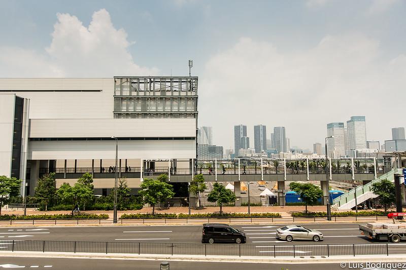 Edificio intermedio del mercado mayorista de pescados y mariscos