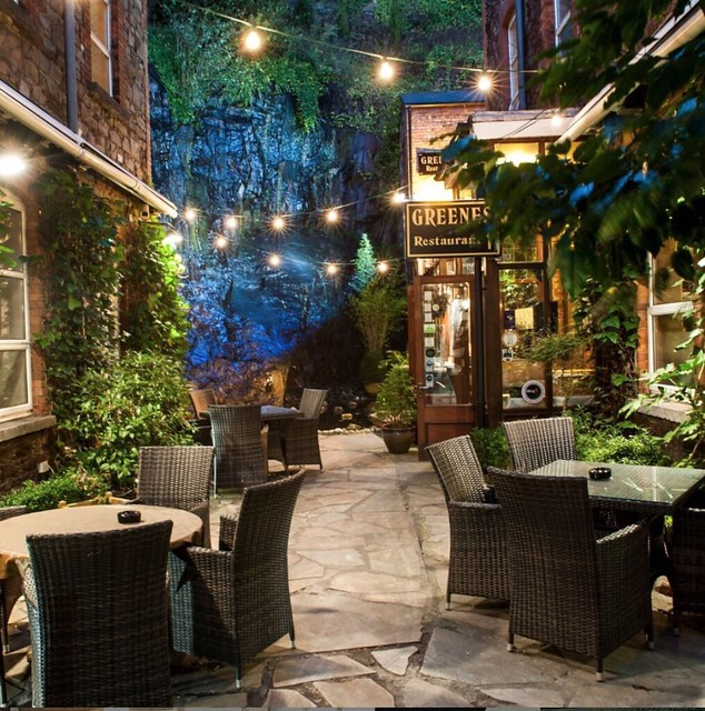 Georgina Ingham | Culinary Travels - A Guide to Cork Ireland Hotel Isaacs Courtyard with Cask bar on site, such a beautiful place to relax