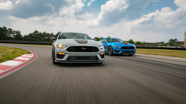 2021-ford-mustang-mach-1 (15)