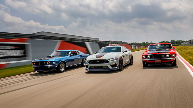 2021-ford-mustang-mach-1 (9)
