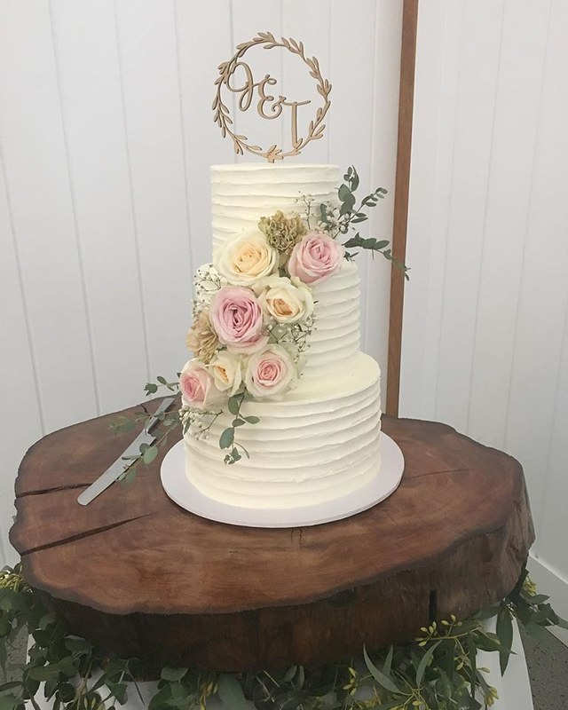 Wedding Cake from Cakes by Cassie