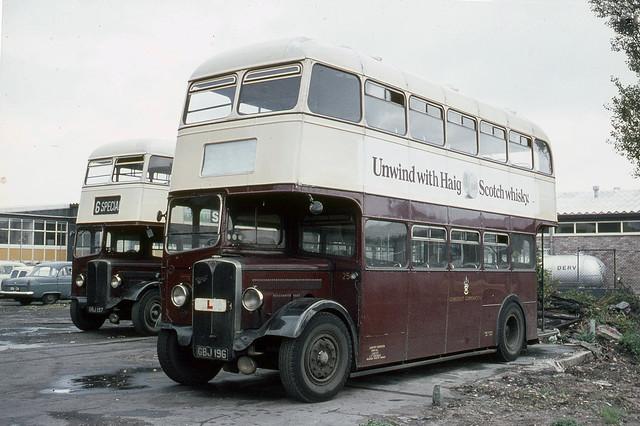 Lowestoft Corporation . Suffolk . 25 GBJ196 , Lowestoft Garage  , Suffolk . Tuesday 29th-September-1970