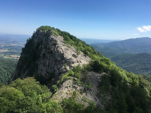 Pène Blanque, falaise et pierrier, 31160 Herran