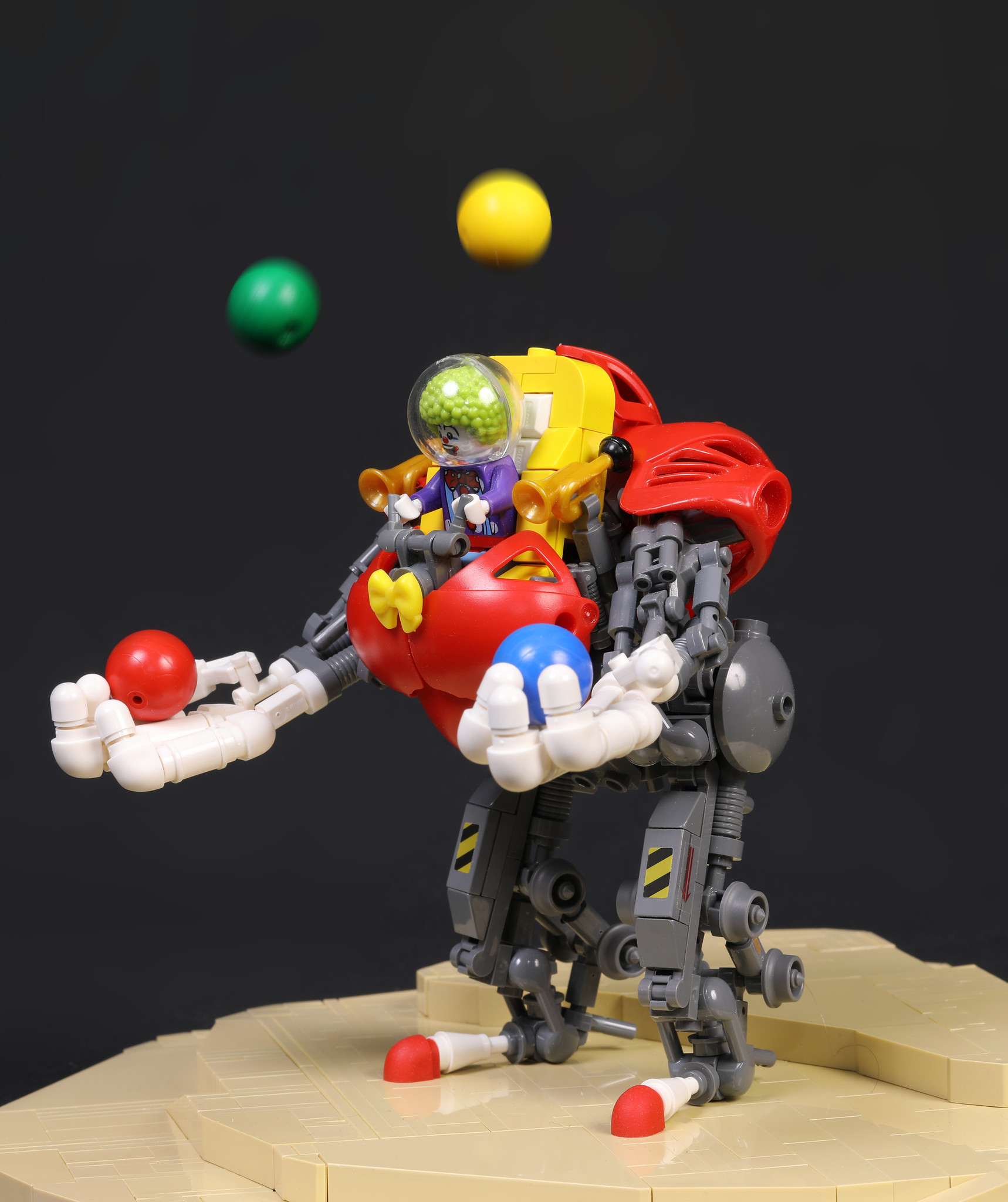 Spaceclowns: Jugglebot