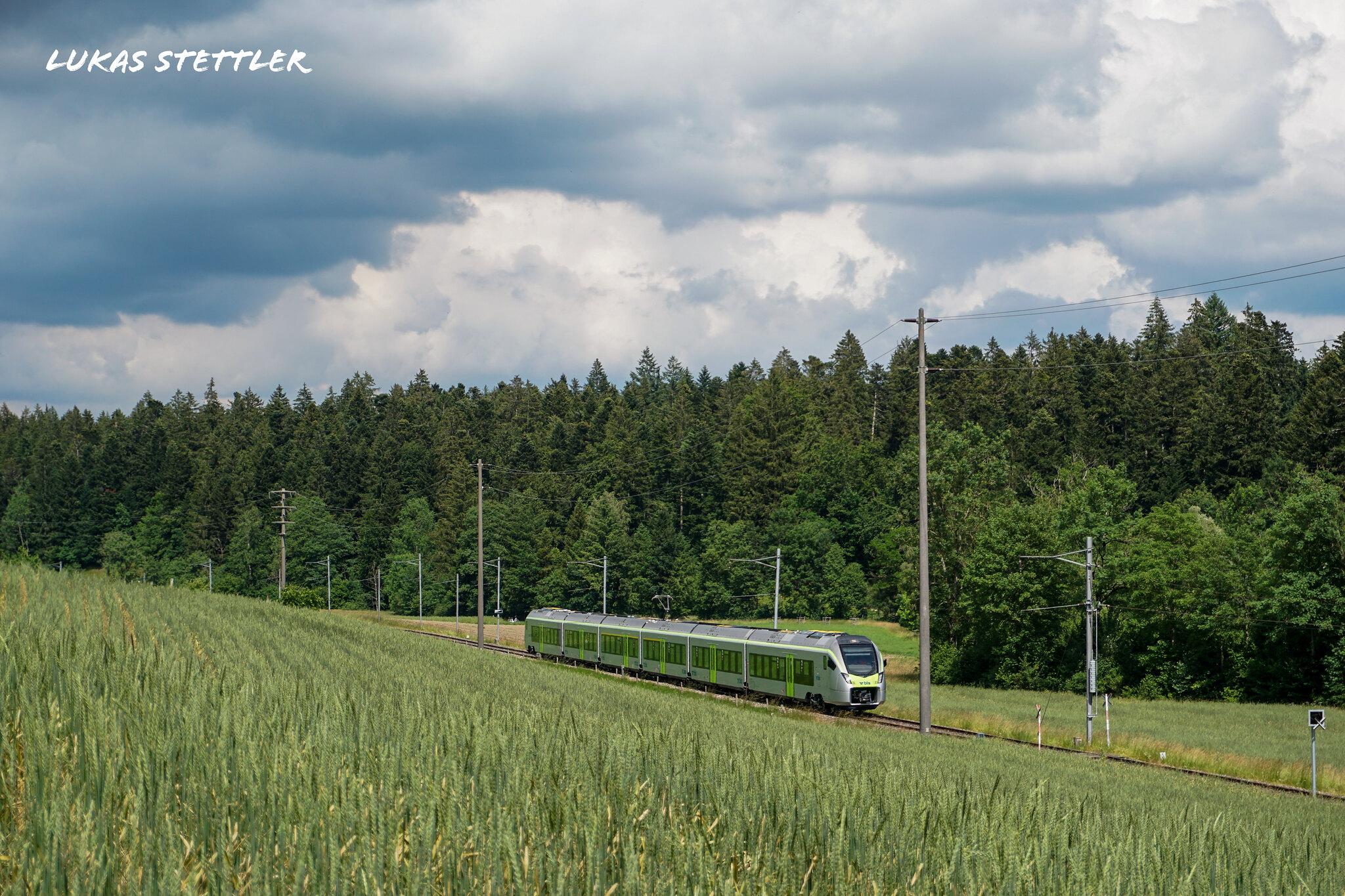 Stadlerrail (bls) RABe 528 102