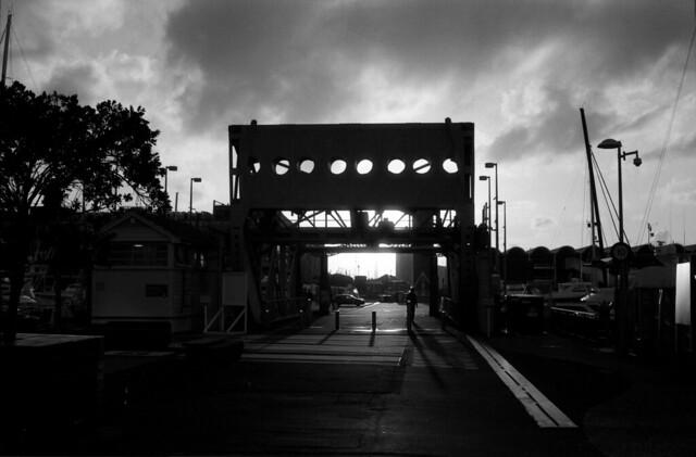 Dark Bridge  (Ultrafine eXtreme 100)