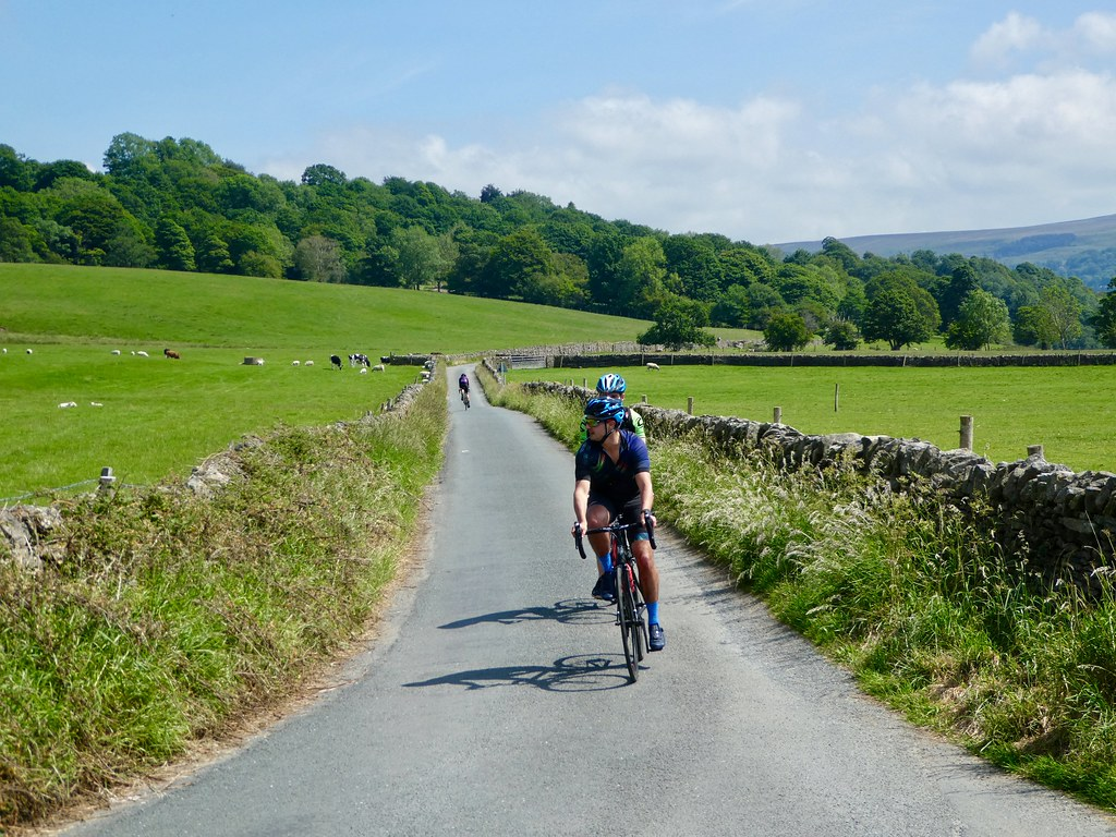 Cycling on the Ilkley to Bolton Abbey road