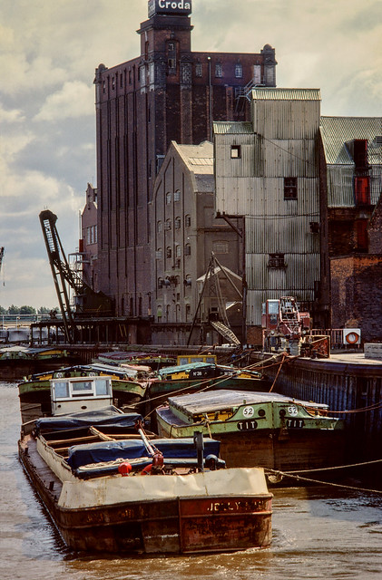 Barges on River Hull and Croda works, Hull 81-04-Hull-030_2400