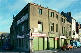 Blanket Row, Hull 85-10c3-61_2400
