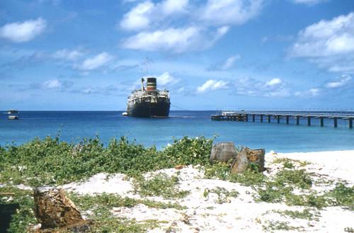 rafgan maldiveislands adduatoll rafstationgan indianocean 1959 britishmaple tanker oiltanker mediterraneanmoor
