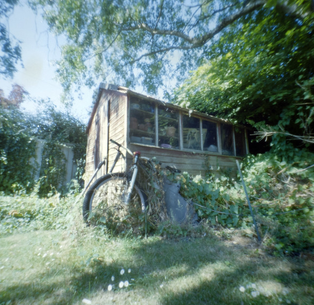 Pinhole on120.The old shed