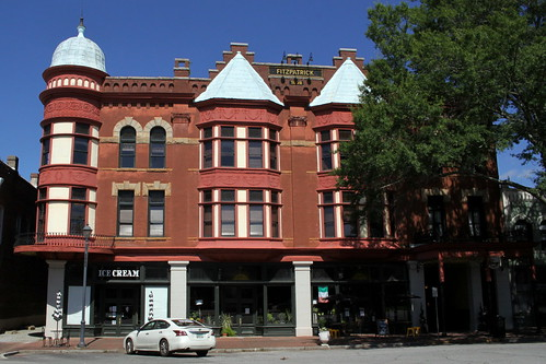 The Fitzpatrick Hotel (Maybe haunted) - Washington, GA