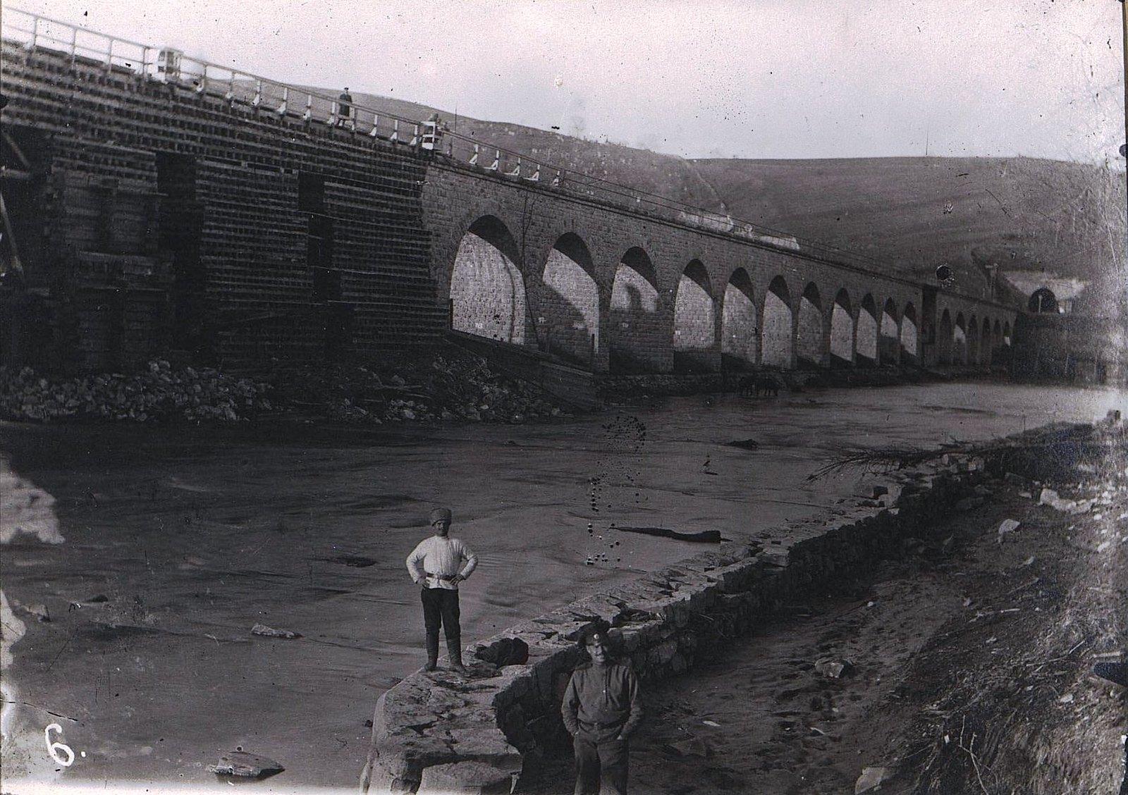 15. Восстановленный мост в м. Турках. Галиция. 1915