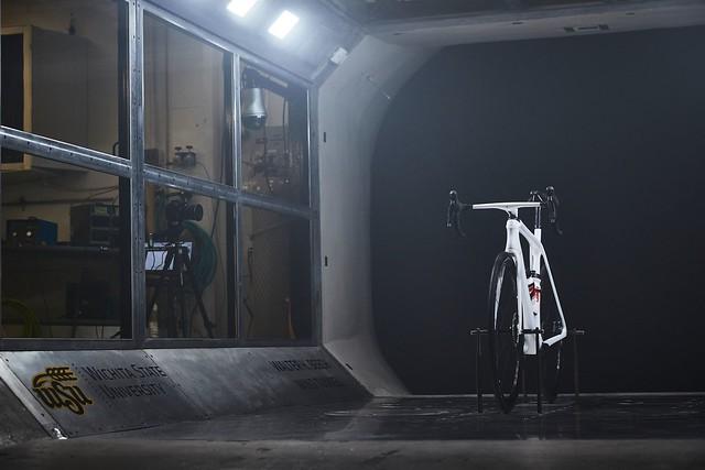 WindTunnel TEST EMONDA SLR (Image credit: TREK)