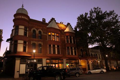 The Fitzpatrick Hotel at Dusk(Maybe haunted) - Washington, GA