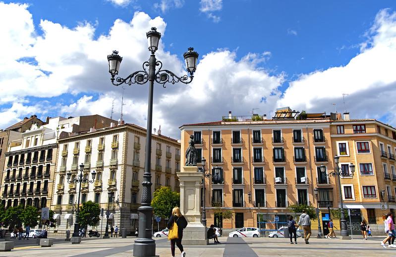 PLAZA DE ISABEL II,  OPERA POPULARMENTE   MADRID  1081 13-6-2020