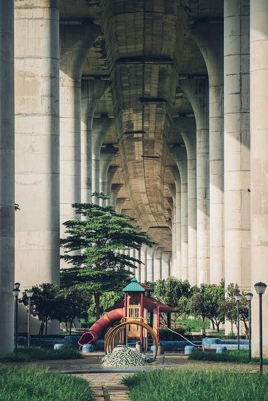 巨橋遊樂場 TAMRON A071