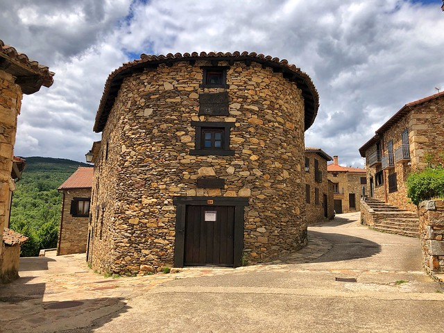Horcajuelo de la Sierra, uno de los pueblos más auténticos de la Sierra del Rincón (Madrid)