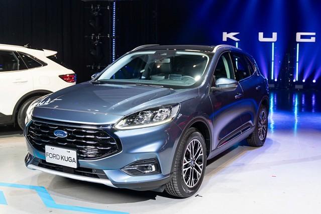 【圖六】The All-New Ford Kuga EcoBoost180旗艦型正式售價106.9萬,滿足各種輕奢享受,帶來細膩、簡約,以及更具豪華感受的乘坐體驗
