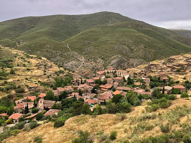 Patones de Arriba, uno de los pueblos de pizarra más famosos de Madrid