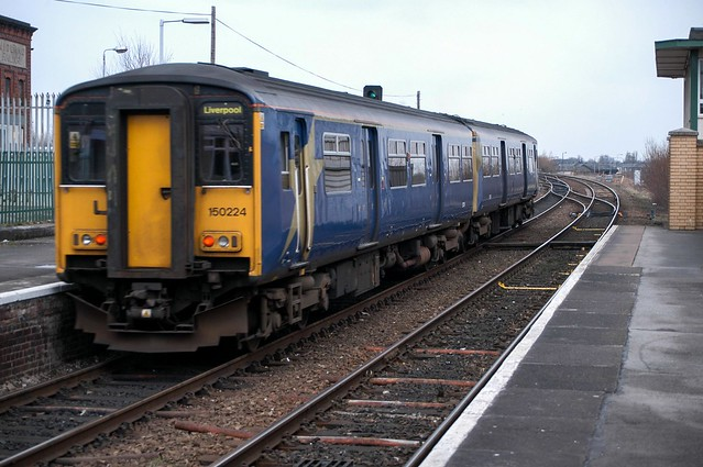 150224 NG0267 Warrington Central D210bob D100