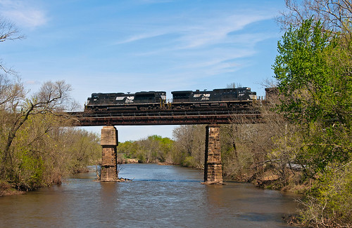 norfolksouthern ns intermodal lehighline train railfan railroad neshanicstationnj emd sd70ace